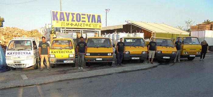 Το εξειδικευμένο προσωπικό μας αναλαμβάνει την ασφαλή μεταφορά και αποθήκευση των ξύλων που έχετε επιλέξει